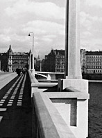Vlastislav Hofman and František Mencl, Jirásek bridge, Prague, detail of the railing, balconies, and streetlamps, 1926–1932